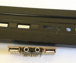 Lote variado de conectores USB, audio y conectores placa base