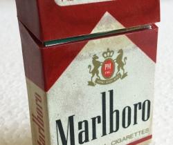 Mechero cajetilla Marlboro de colección años 80