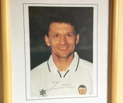 Foto firmada de Djukic año 97/98 Valencia CF autógrafos
