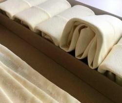 Lote 12 servilletas de tela color hueso años 90