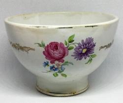 Antiguo cuenco de porcelana Pickman de la Cartuja de Sevilla