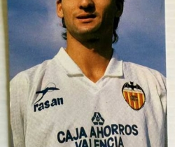 Calendario de bolsillo del jugador Giner del Valencia CF – 1990