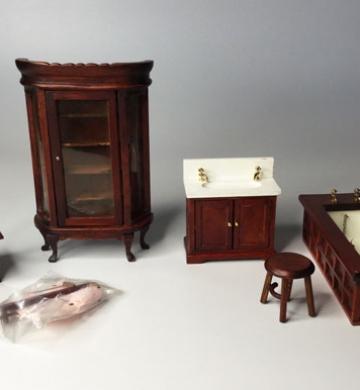Crea y Decora tu Casa de Muñecas – Planeta de Agostini 1998 – Cuarto de baño – WC – Lavabo – Bañera – Toallero