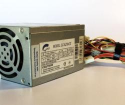 Fuente de alimentación ATX 250W LC-A250ATX