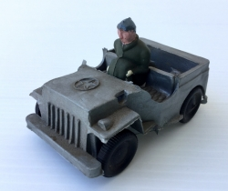 Jeep militar americano de plástico con 1 soldadito – años 40