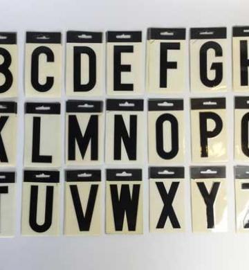 Letrayón – Letras negras de plástico autoadhesivas – lote 5 abecedarios completos – Años 90