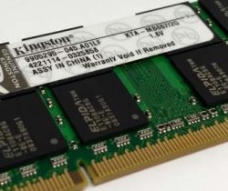 Memoria RAM Kingston SO-DIMM 2GB KTA-MB667/2G