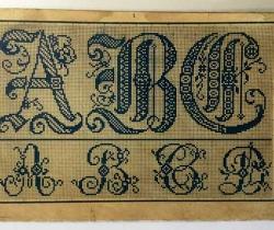Antiguo Álbum nº4 de la Gran Colección de Letras y Dibujos para bordar – Falta portadas