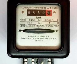 Antiguo contador monofásico a 2 hilos Tipo CG5h Landis & GYR, S.A. Construcciones Eléctricas, S.A. Sevilla – 1962
