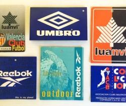 Lote 6 etiquetas de ropa deportiva – Luanvi, Reebok, Umbro
