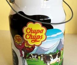 Lata Chupa Chups forma lechera con tapa