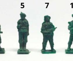 Lote 4 Paracaidistas Cacao Toddy números 2, 5, 7 y 10 – años 60