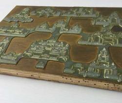 Antigua plancha impresión plomo sobre madera de ficha de juego de arquitectura oriental de madera – Amarillo