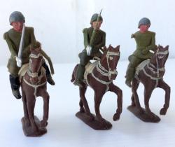 Lote de 4 soldaditos a caballo años 40 – Posible Torres Malta